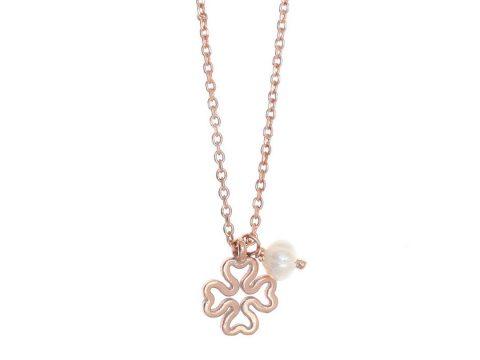 Náhrdelník v tvare štvorlístka s perlou 7d9baafa1d8